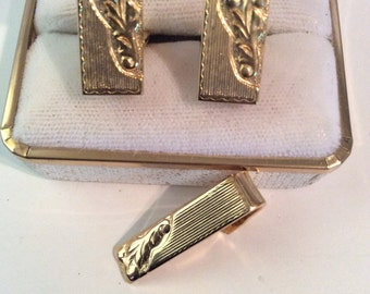 Vintage tie clip and cuff link set