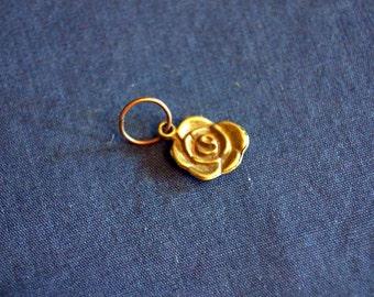 Sweet Vintage Rose Pendant