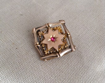 1910's square brooch.