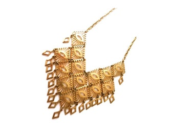Vintage Sarah Coventry Gold Necklace