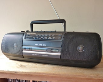 Vintage 80s radio cassette player boombox ghetto blaster