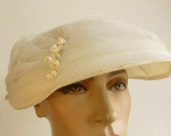 vintage 1950s hat vintage wedding hat races etc ruched nett & flowers
