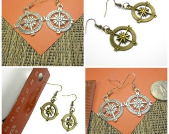 30% discount/1 pair of  compass charm earrings  antique silver/ bronze/ plated./cheap/affordable, discount