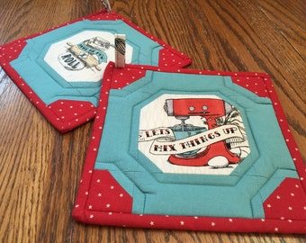 Pair of Rockabilly Kitchen Potholders