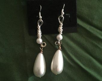 Faux pearl tear drop earrings