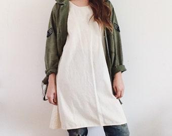 Vintage Linen Dress / Hand Made Flour Feed Sack Cotton Dress / 60's / 70's