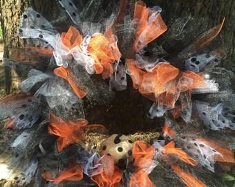 Polka dotted tulle halloween wreath/halloween decor/tulle wreath/holiday decoration