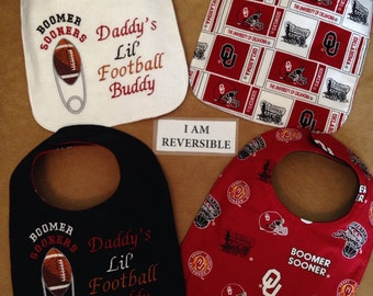 REVERSIBLE, Oklahoma SOONERS inspired Baby Bib, Daddy's Little Football Buddy, University of OKLAHOMA theme Baby Bib, diaper pin embroidery