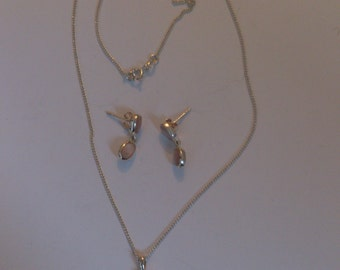 sterling silver mother of pearl necklace and earrings set