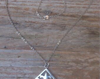 vintage sterling silver Celtic style pendant and chain