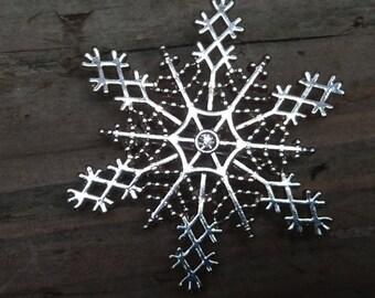 vintage snowflake brooch