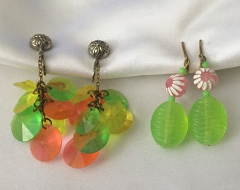 Set Of 2 1960's Neon Green & Pink Plastic Clip-on Earrings, Vintage Neon Dangles, Groovy Dangle Earrings