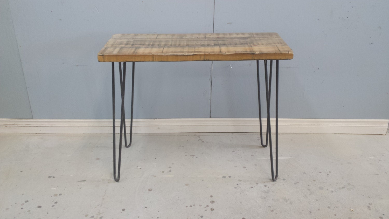 metal and wood desk hairpin legs table by harvesttreasuresinc. Black Bedroom Furniture Sets. Home Design Ideas