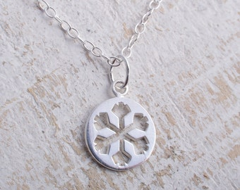 Silver snowflake necklace sterling silver snowflake necklace dainty pendant charm winter snow