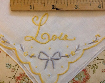 Antique or Vintage Hankie Hankerchief Monogram name Lois