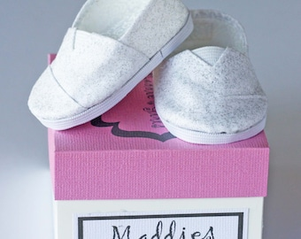 MADDIES - Casual Shoes for 18 inch Dolls - Silver Glimmer