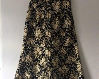Vintage black and gold sparkle A line skirt size UK 10-12