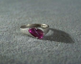 Vintage Sterling Silver Oblong Rhodolite Garnet Band Ring, Size 8 W    **RL