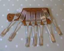 c1880s Four Walker and Hall & Three Mappin and Webb Fiddle Back Dinner Forks - Silver Plated - Quality Antique Cutlery - Kitchenalia