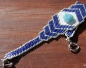 Perles de Bracelet - Perles Bracelet manchette en Peyote - déclaration Bracelet - OOAK perle tissé - Pierre Larimar - perles Delica argent et bleu