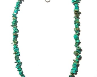 Turquoise necklace of 44 cm around the neck