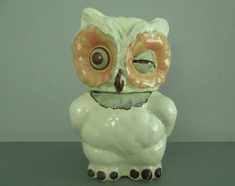 Shawnee USA Pottery Blinking Owl Cookie Jar from the 1950s