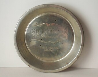 1950s Vintage Country Kitchen Advertisng Pie Plate or Tin by Mrs Robinson's Fine Restaurant Pies Table Talk Inc. with Deposit