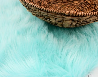 LARGE SIZE 3'x5' Soft Cozy Cuddly Aqua Faux Fur Nest Newborn Photography Prop Large Oversize Layer Stuffer Long Pile