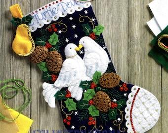 "Bucilla 2 Turtle Doves ~ 18"" Felt 12 Days of Christmas Stocking Kit #86662 DIY"