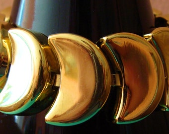 Vintage Napier gold tone crescent link bracelet