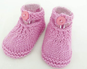 HAND KNIT BABY Booties, Newborn Baby Girl Shoes, Pink  Newborn Baby Girl Shoes, Pure New Wool, Buttoned Strap Baby Booties, Newborn Size