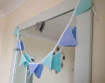 Bunting Blue and Mint Green crochet,7 flags, with a loop on each end for hanging. Length 170cm. Party bunting, baby bunting, baby shower.UK