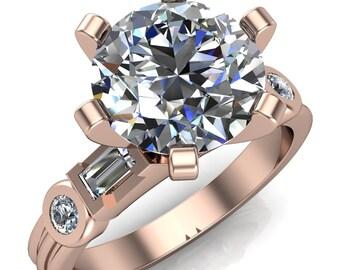 Maci Round Moissanite 6 Prong Center Double Bezel Diamond Side Ring