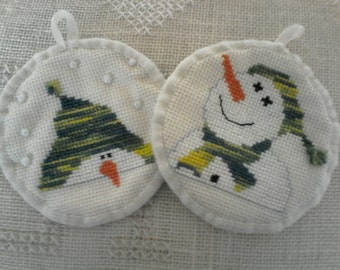 Christmas snowmen Embroidered handmade cross-stitch.