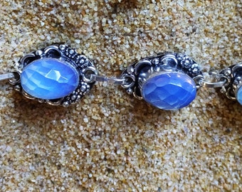 Vintage  925 Sterling Silver Blue Chalcedony