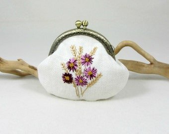 Hand embroidered coin purse, linen change pouch, floral linen pouch, white linen purse, framed purse, coin purse