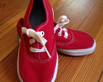 adorable vintage childrens shoes, red , toddler 6 1/2