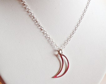 925 sterling Silver chain and crescent moon pendant