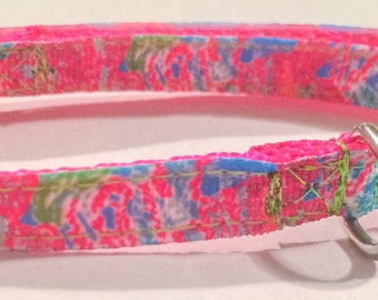 Lilly inspired coral collar
