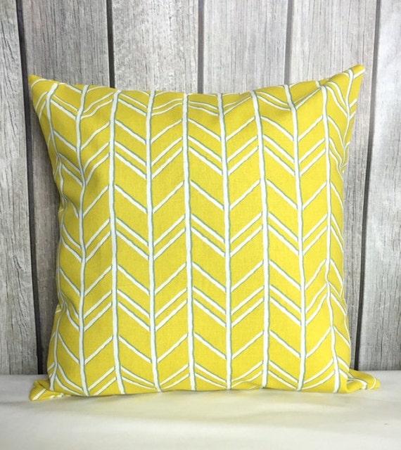 Throw Pillow. Yellow Pillow. Pillow Cover. Decorative Pillow. Yellow and White Pillow