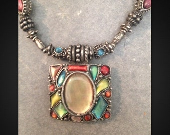 """Beautiful Vintage Costume Jewelry Necklace Approx 16"""""""