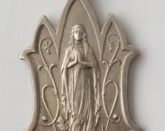 Exquisite old religious medal Virgin Mary
