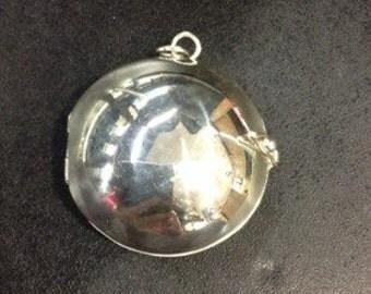 Locket,Handmade silver round dome locket