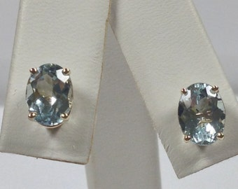 Natural Aquamarine Stud Earrings Solid 14kt Yellow Gold