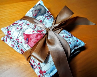 Homemade heat therapy, cold therapy for pain relief, muscle aches, menstrual cramps, inflamation, rice or flaxseed heating pad, lavender or