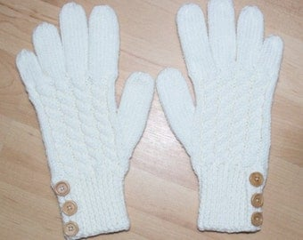 Merino Wool Gloves - Cream - Cable Pattern and Buttoned Cuff