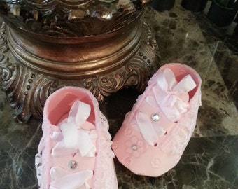 Baby Shower Favors / Set Of Ten Pink Sneaker Favors / Girl Shoe Favors / Baby Shower Favors