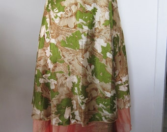 Skirt wallet to two petticoats, knee, green and coral printed