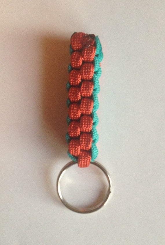 Paracord keychain for How to make a keychain out of paracord