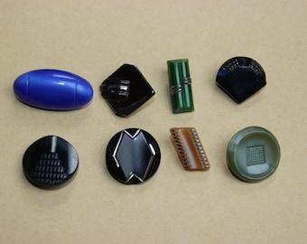 Vintage art deco glass buttons 8pcs  B0142
